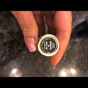 Elizabeth Arden luxury lipstick in New new Rose